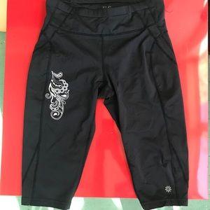 ATHLETA Reflective Crop Leggings Black Style 86210